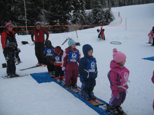 Torsten (in blue body suit) heading up the Magic Carpet