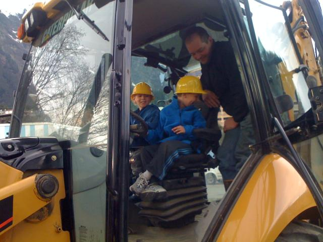 Torsten and Nathaniel doing some excavating